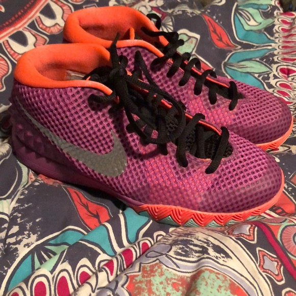 various colors 91954 d3a50 Kyrie 1s Kyrie Irving Easter Colorway